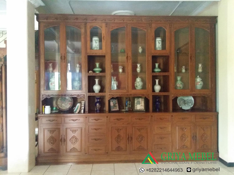 furniture jati, mebel jati, furniture murah, furniture jati jepara, mebel jati jepara, almari hias modern, almari hias murah, almari hias kayu jati, almari hias vintage, almari hias kaca